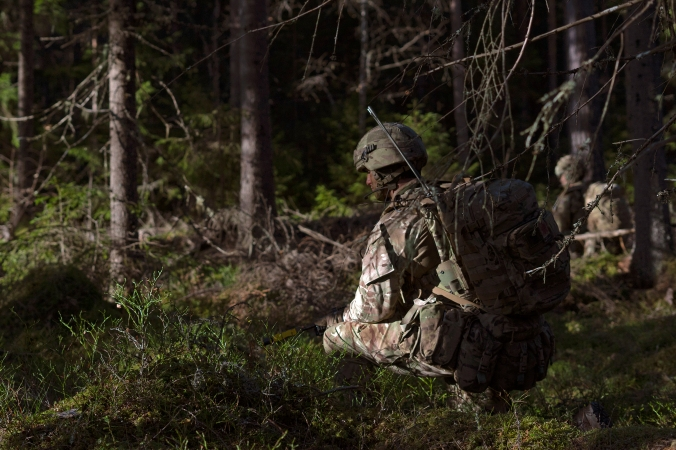 British troops train to fight in Norway's forests